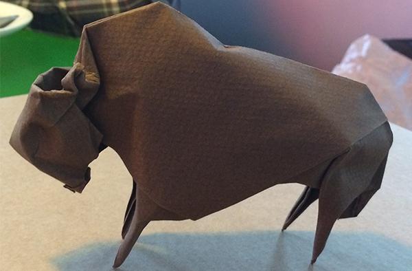 artinCom Angel Morollón origami bisonte